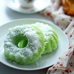 Puteri Ayu Malay Steamed Cake Recipe