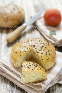 Tunisian Olive Oil Semolina Bread Recipe