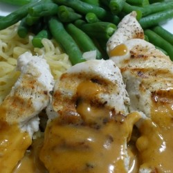 Chicken with Thai Peanut Sauce