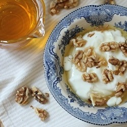 Greek Yogurt Walnuts Honey Recipe