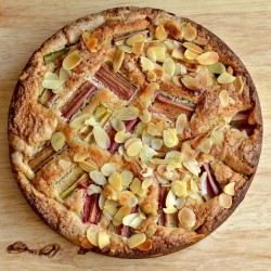 Rhubarb Almond Cake with Cinnamon Recipe
