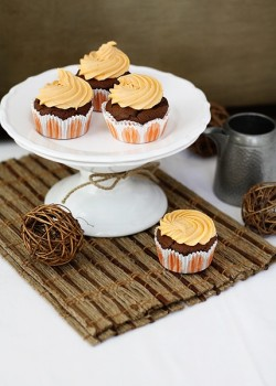 Chocolate Pumpkin Cupcakes with Orange Cream Cheese Forsting