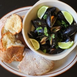 Mussels in Chili Lime Cilantro Coconut Broth Recipe
