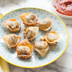Pesto Caprese Wontons Recipe