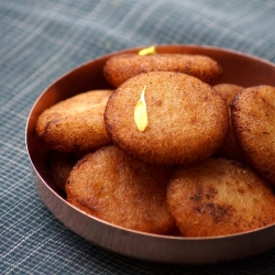 Rava Appalu South Indian Festival Sweets Recipe